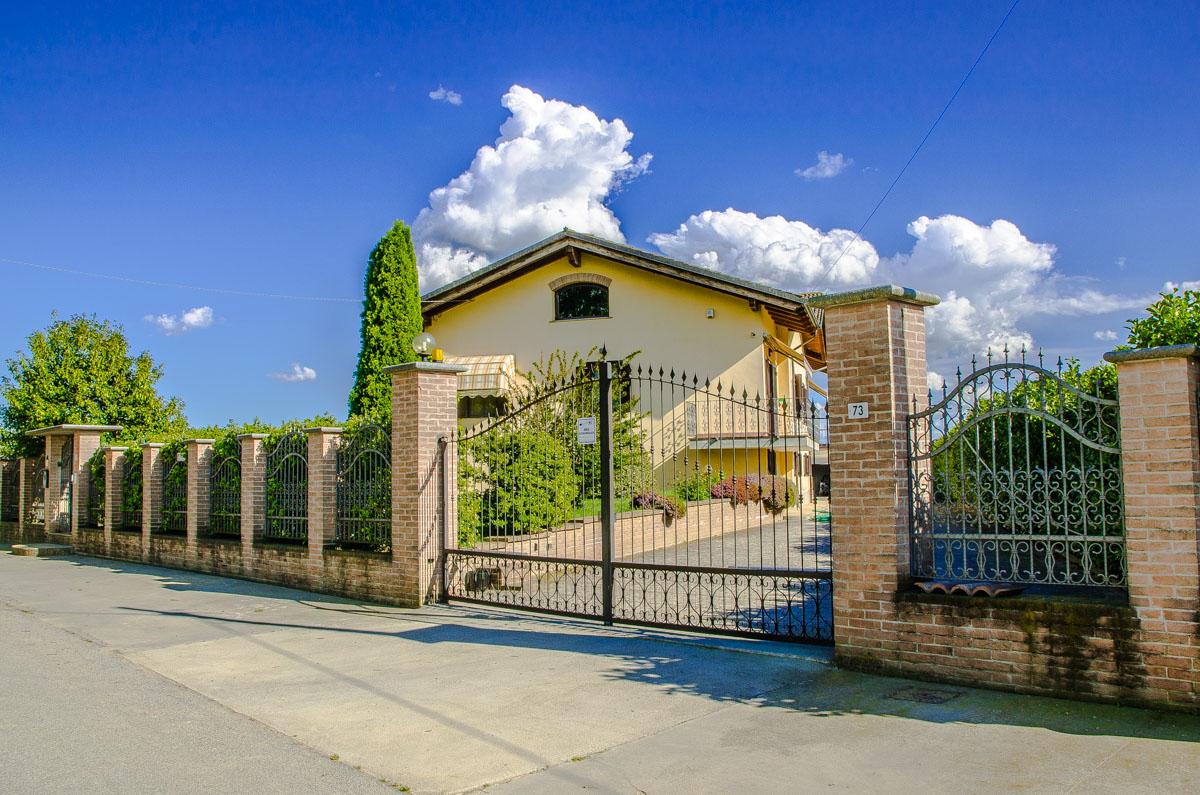 Villa in vendita caramagna piemonte premier case - Valutatore immobiliare ...