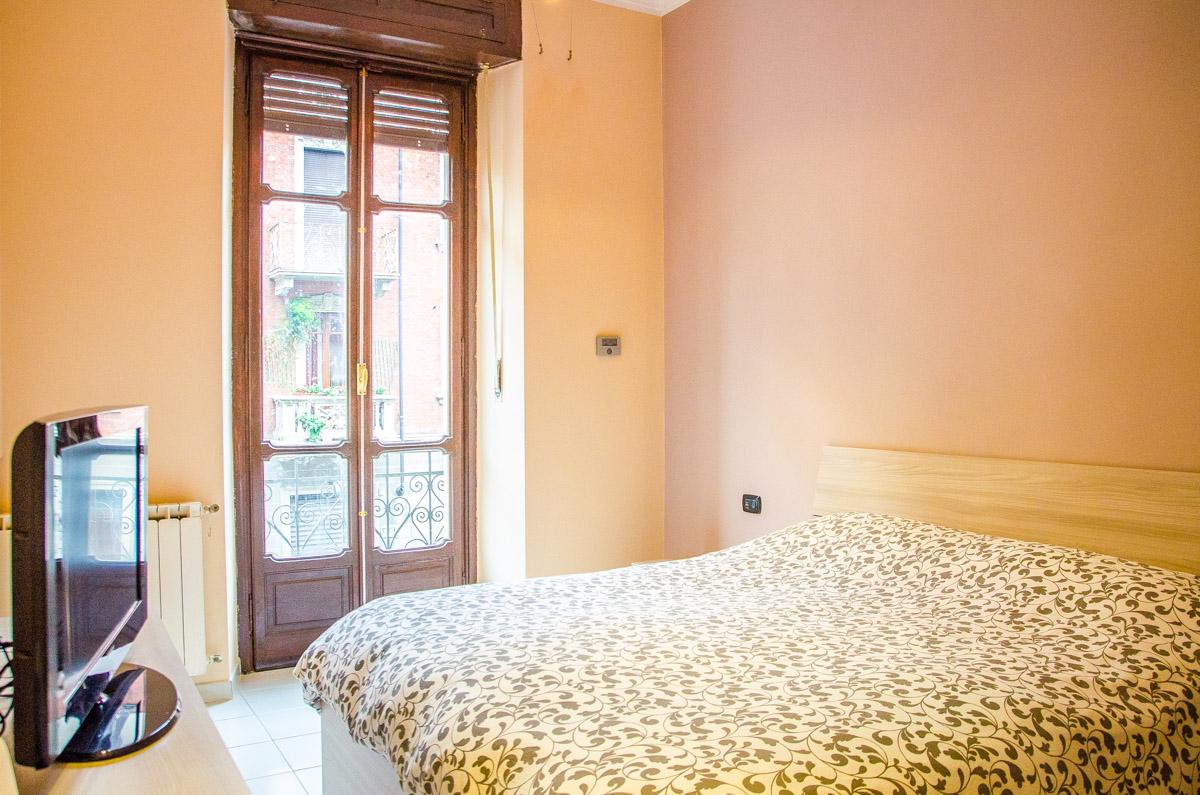 Camera de letto casa in vendita in via saorgio 18 torino for Camera letto usata torino