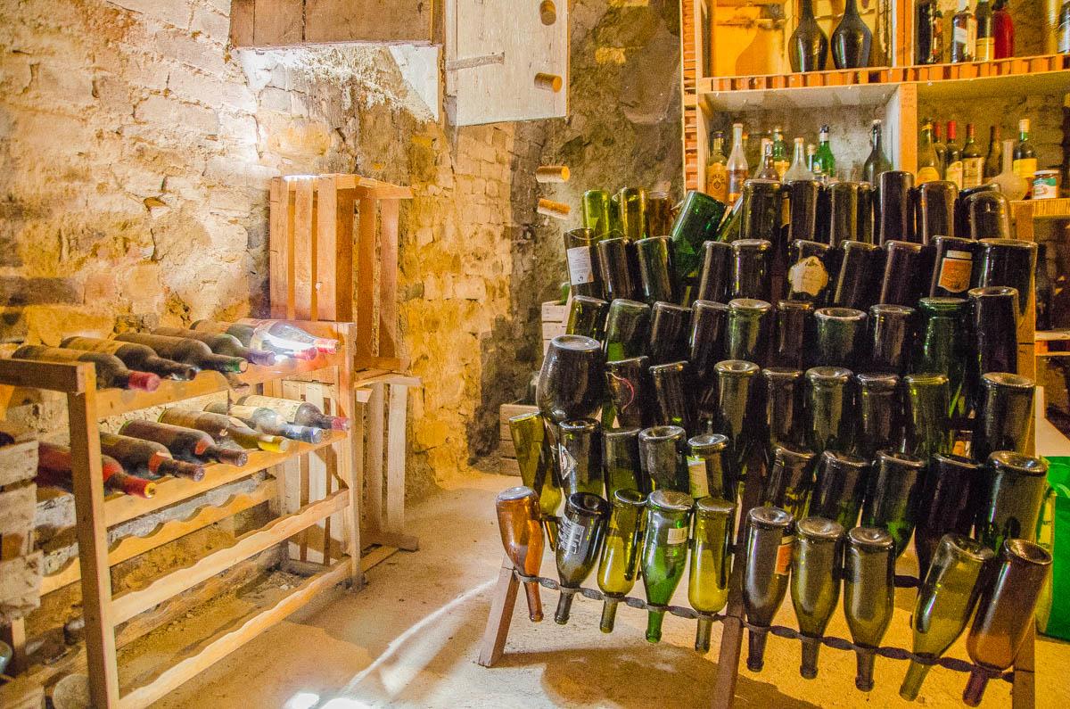 Cantina del rustico in vendita a gassino torinese for Case in affitto con cantina