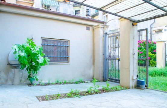 Cortiletto casa in vendita via Favria 5, Torino