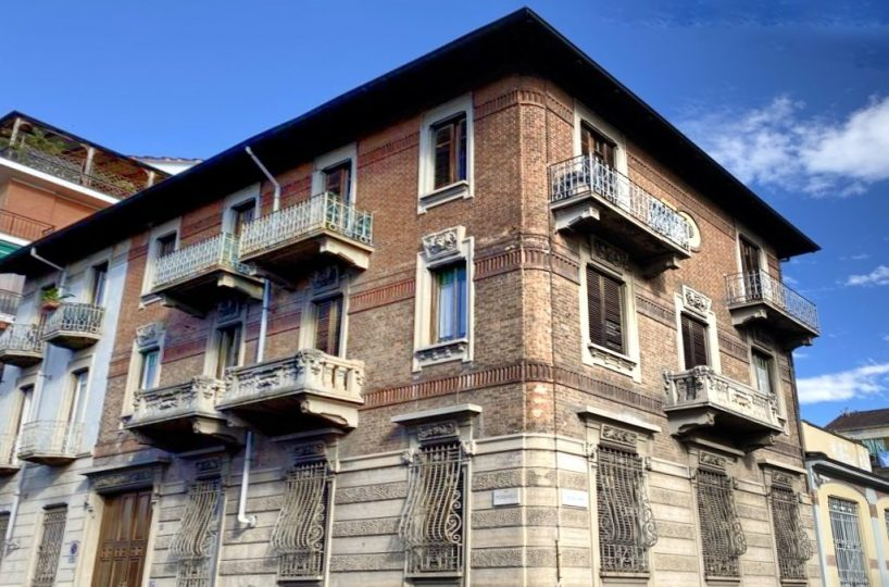 facciata bilocale via Piossasco 28