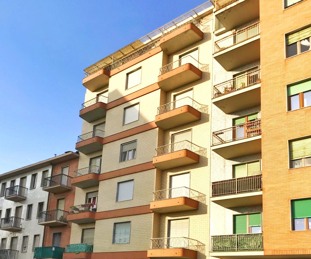 Affitta Via Giosuè Borsi 89