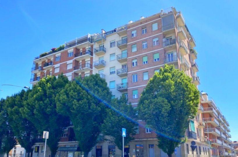 Affitta Bilocale corso Vercelli 276