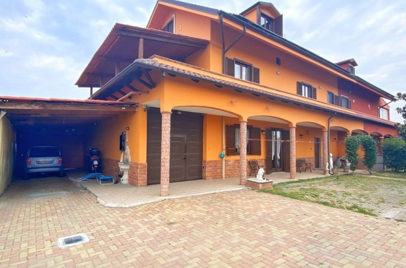 villa via fornaci